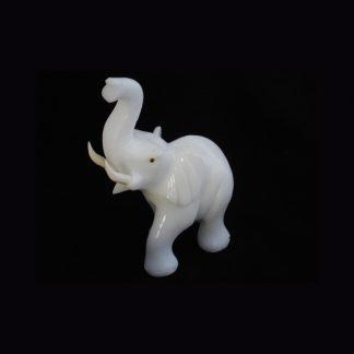 Eléphant en Pierre de Calcite Blanche