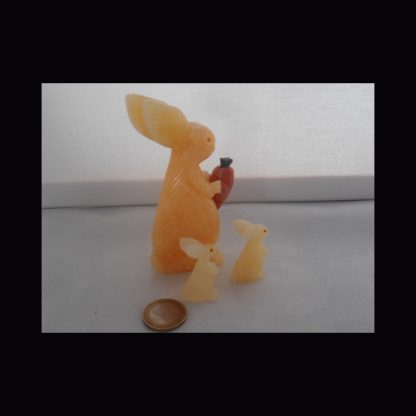 Lapin en Pierre de Calcite Orange