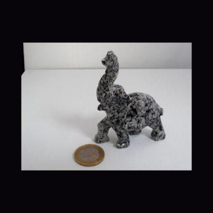 Eléphant en Pierre de Granit