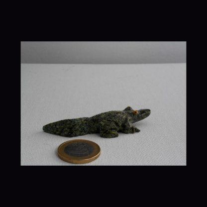 Crocodile en Pierre de Serpentine Verte