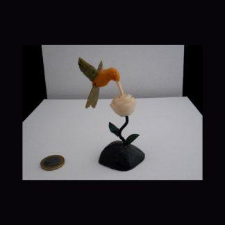 Colibri ou Beija Flor en pierre de Calcite Orange